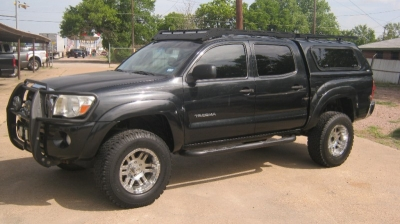 "2006 Toyota Tacoma Double 128"" Manual 4WD"