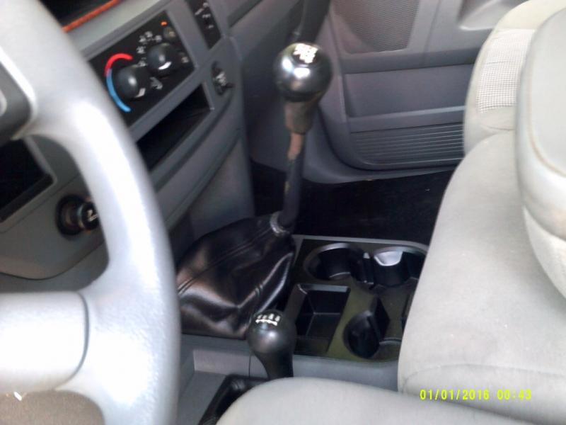 Dodge Ram 3500 2006 price $25,995