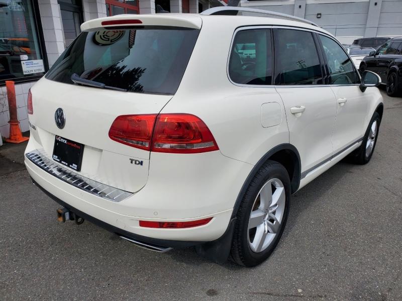 Volkswagen Touareg 2012 price $16,888