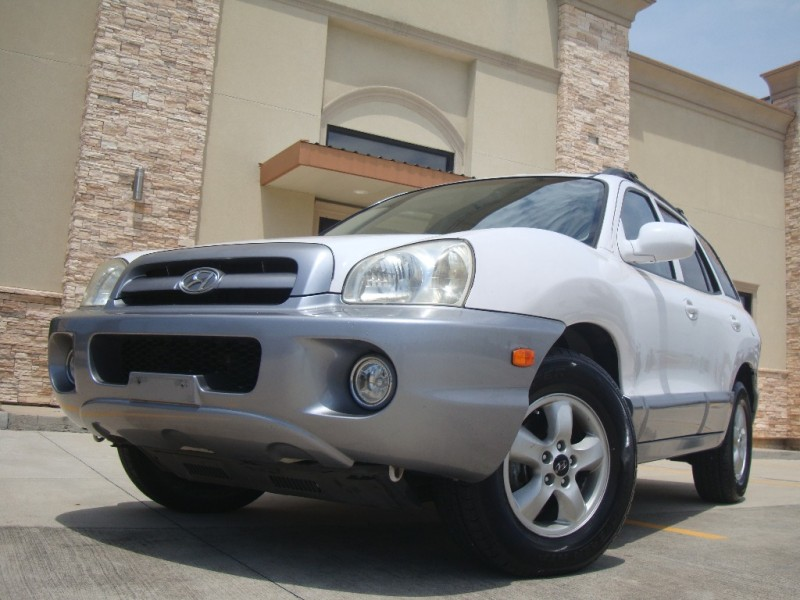 Hyundai Santa Fe 2005 price $4,449