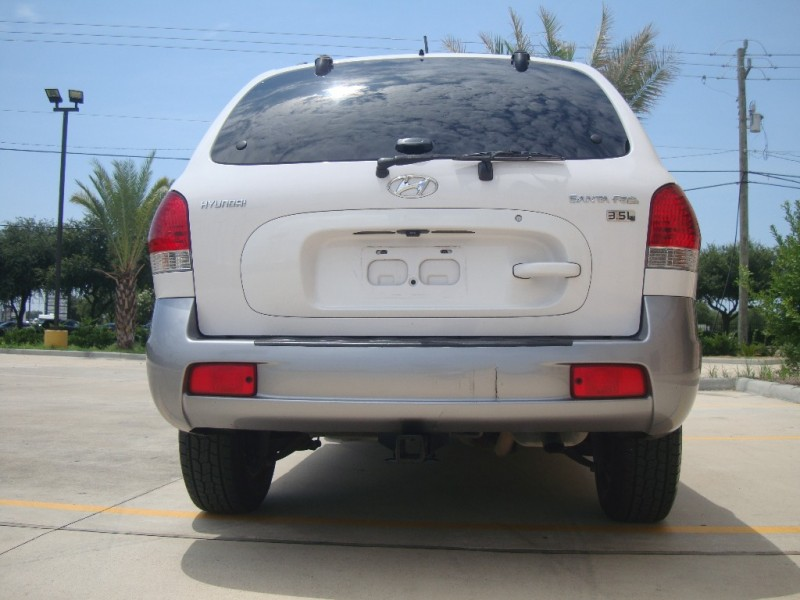 Hyundai Santa Fe 2005 price $3,000
