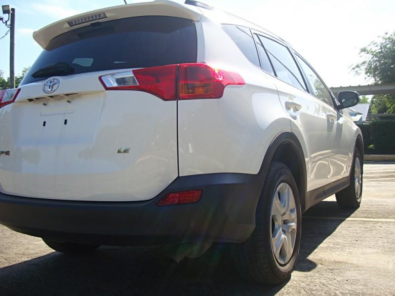 Toyota RAV4 2015 price $17,999