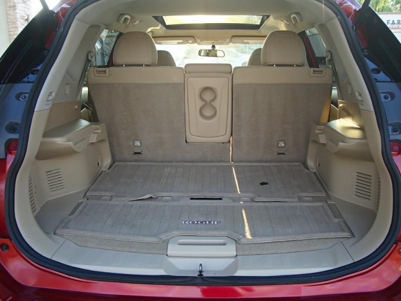 Nissan Rogue 2015 price $17,499