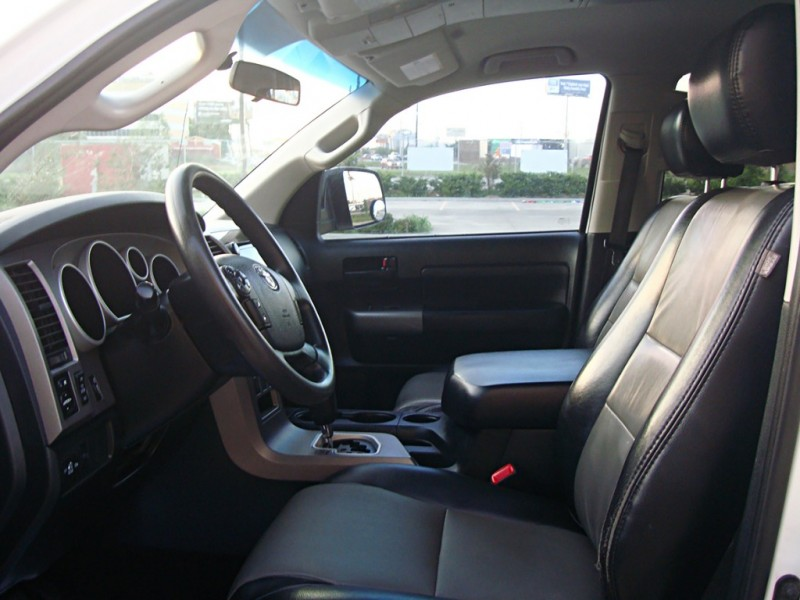 Toyota Tundra 2WD Truck 2010 price $18,675