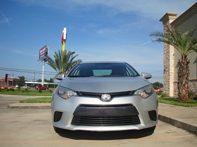 Toyota Corolla 2015 price $13,999