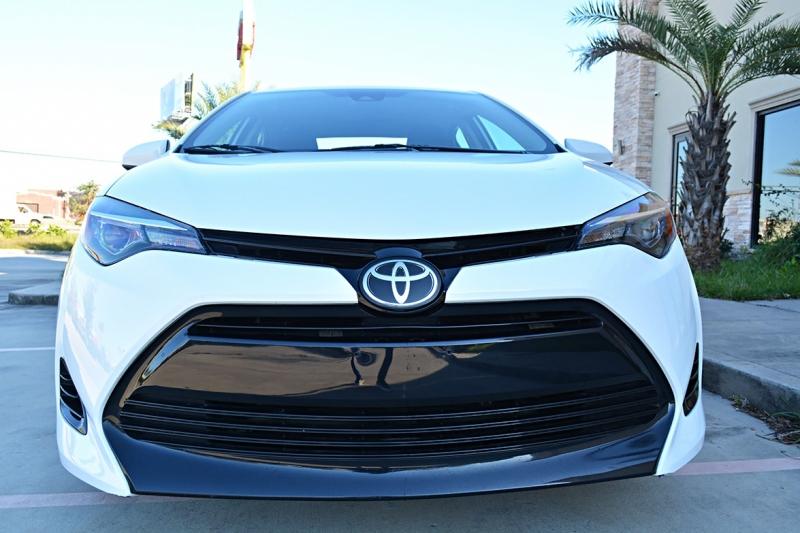 Toyota Corolla 2017 price $17,675