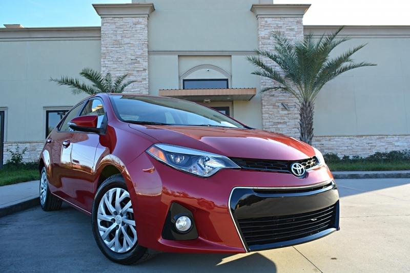 Toyota Corolla 2016 price $14,025