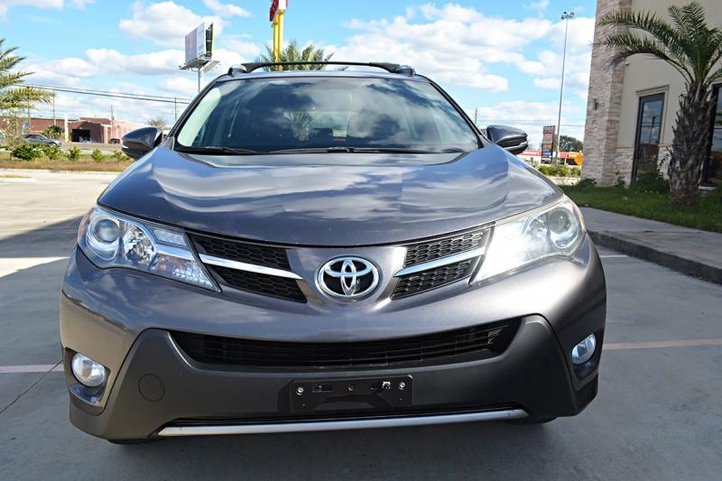 Toyota RAV4 2014 price $16,575
