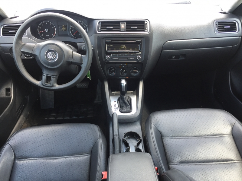 Volkswagen Jetta Sedan 2014 price $8,000