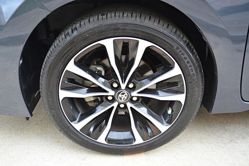 Toyota Corolla 2018 price $18,400