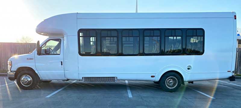 Ford Econoline Commercial Cutaway 2012 price $29,999