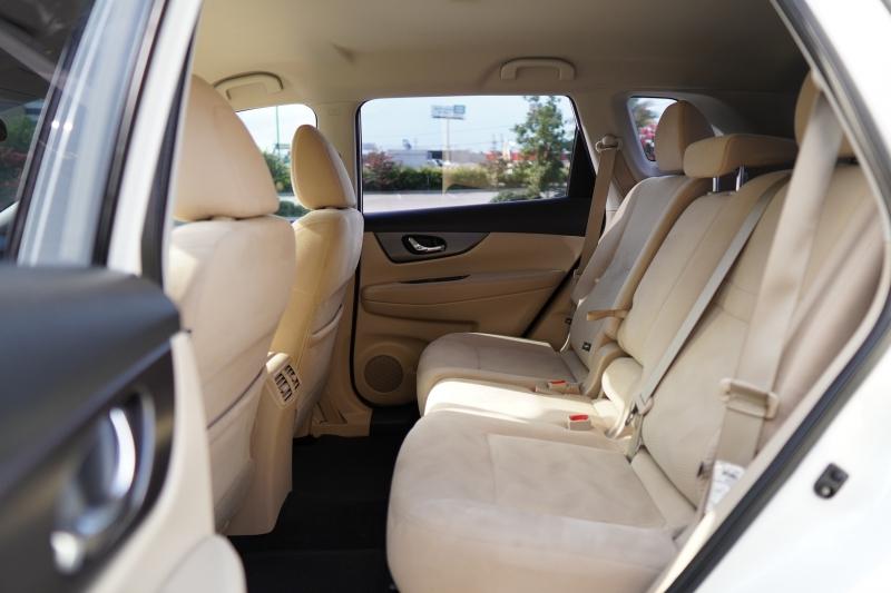 Nissan Rogue 2016 price $15,000