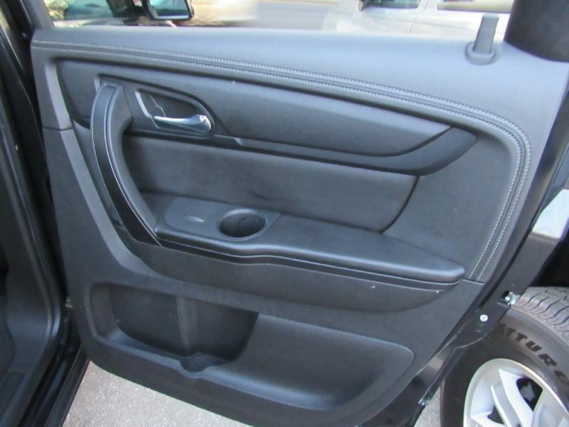 Chevrolet Traverse 2015 price $19,400