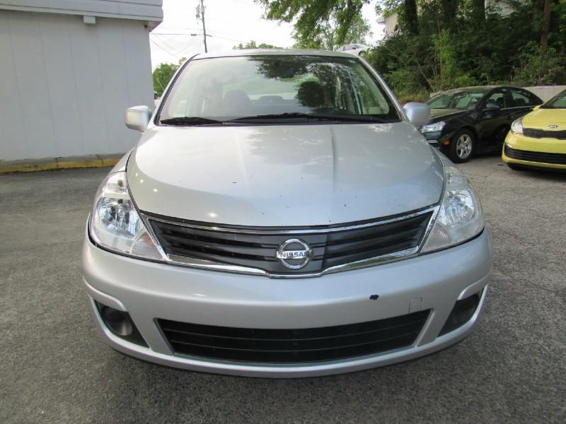 Nissan Versa 2011 price $4,900