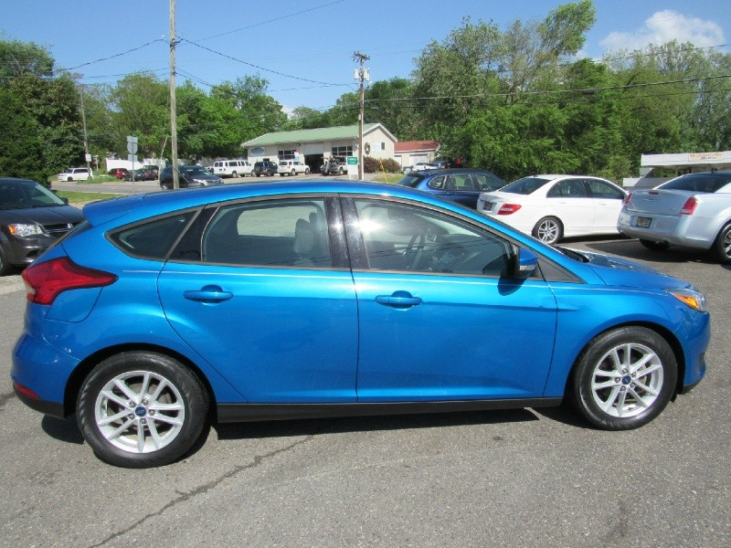Ford Focus 2015 price $10,900