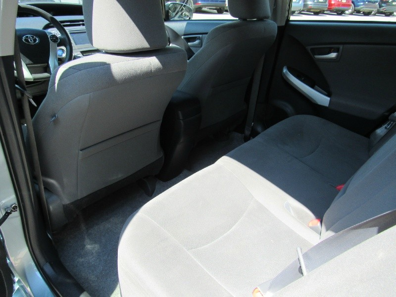 Toyota Prius 2014 price $13,900