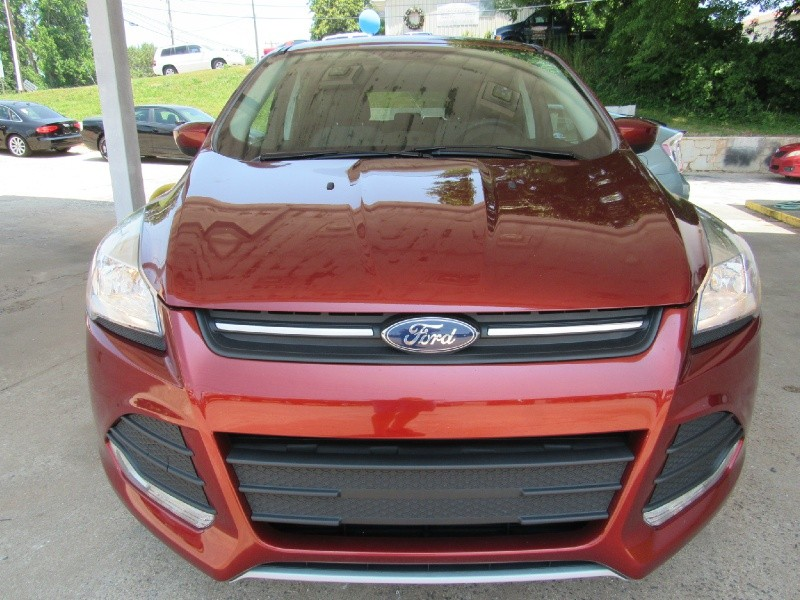Ford Escape 2016 price $15,900