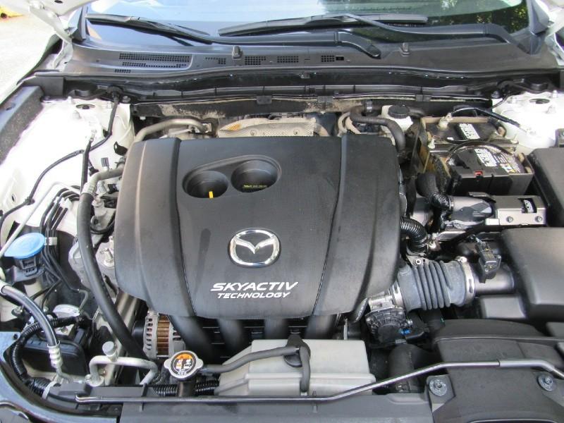 Mazda Mazda3 5-Door 2017 price $13,900