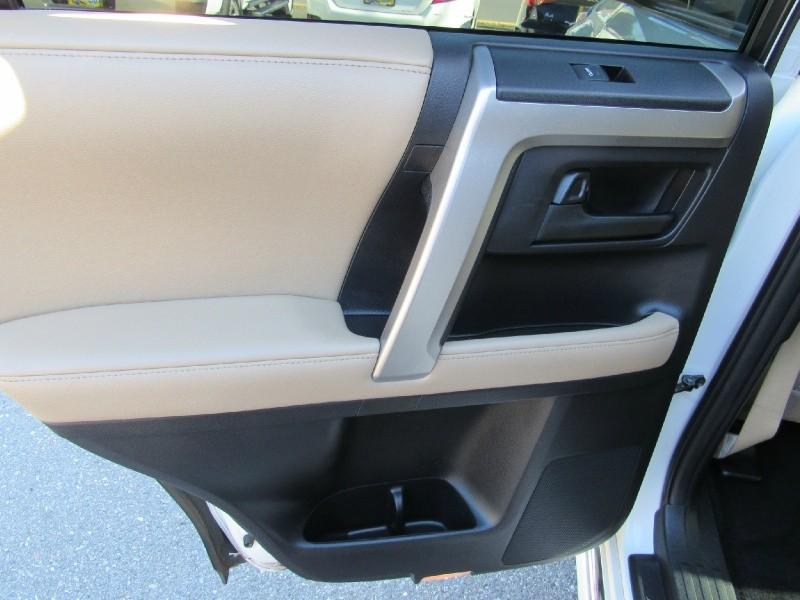 Toyota 4Runner 2013 price $24,900