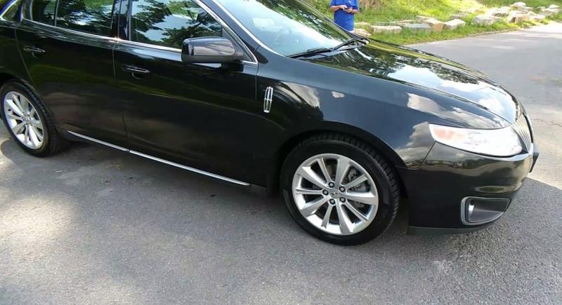 Lincoln MKS 2010 price $11,900