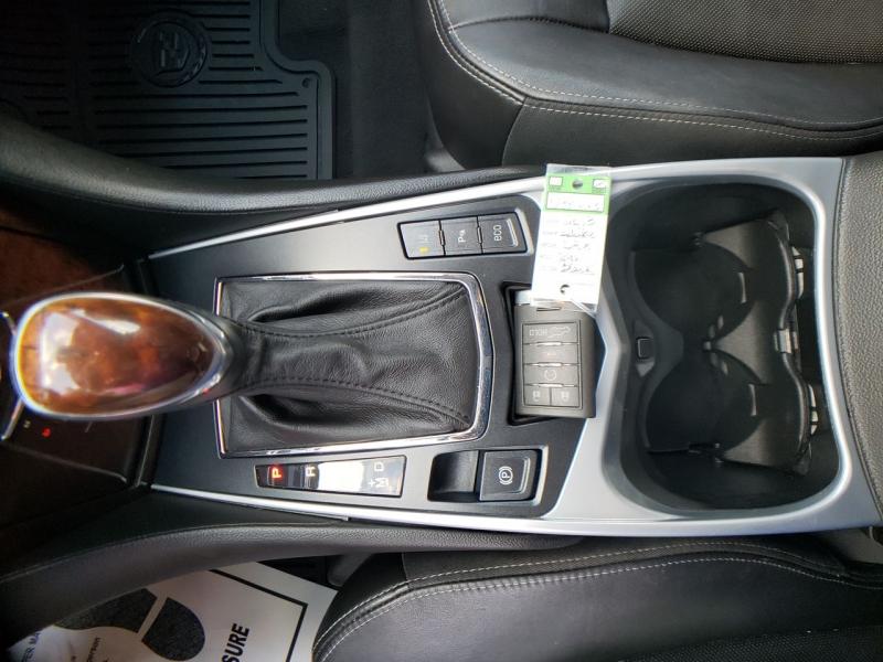 Cadillac SRX 2013 price $14,900