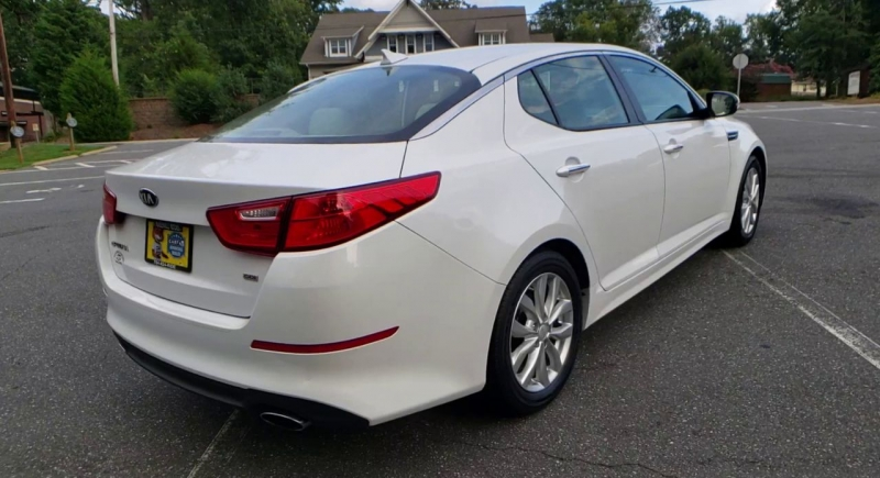 Kia Optima 2015 price $12,900