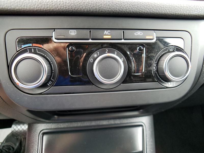 Volkswagen Tiguan 2011 price $8,900