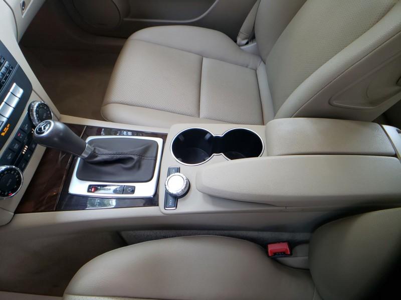 Mercedes-Benz C-Class 2012 price 13500