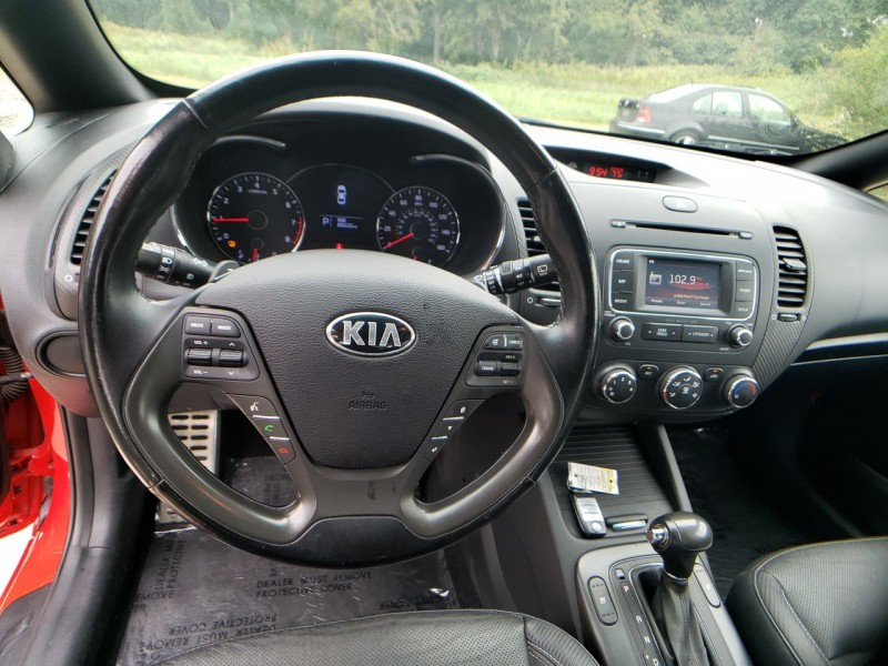 Kia Forte 5-Door 2015 price $12,500