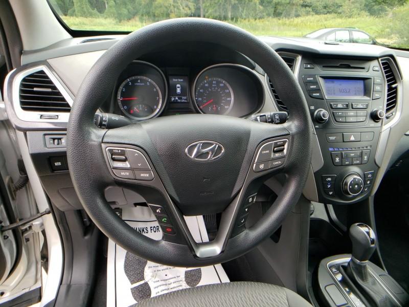Hyundai Santa Fe 2013 price $12,900