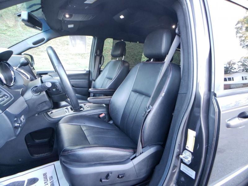 Dodge Grand Caravan 2017 price $16,900