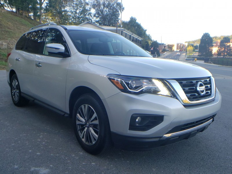 NISSAN PATHFINDER 2019 price Call for Pricing.