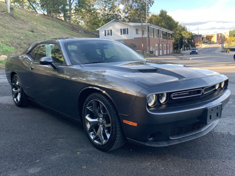 Dodge Challenger 2016 price $19,500