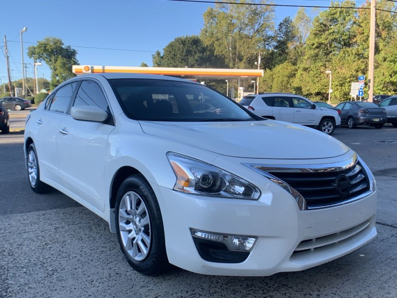 Nissan Altima 2015 price 13900