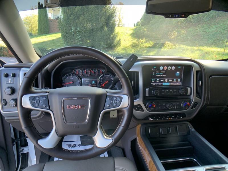 GMC Sierra 1500 2018 price $38,600
