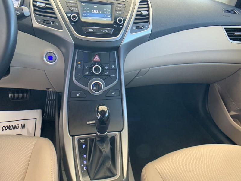 Hyundai Elantra 2016 price 12900