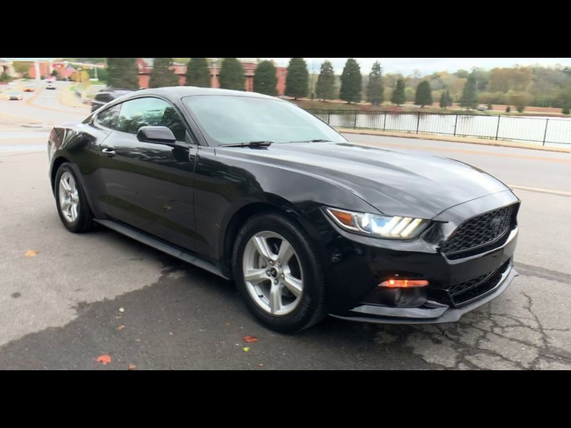 Ford Mustang 2016 price $15,900
