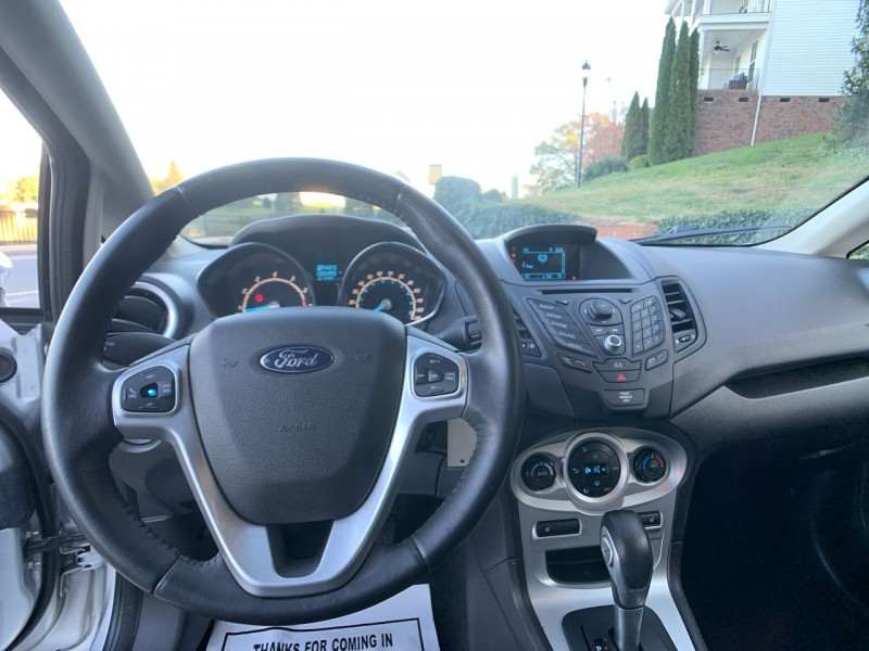 Ford Fiesta 2014 price $7,300