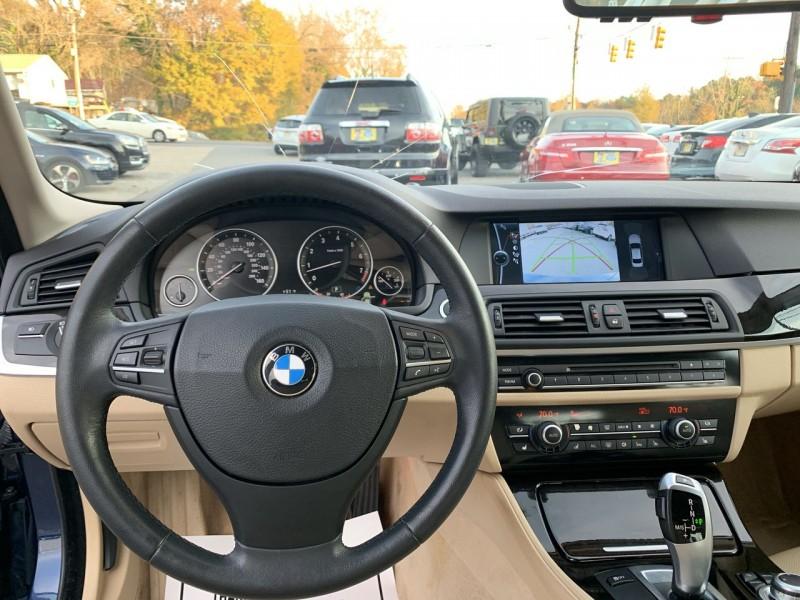 BMW 5-Series 2011 price $13,900