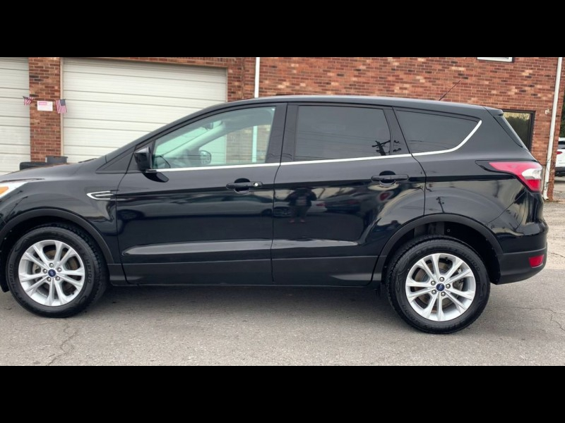 Ford Escape 2017 price $13,800