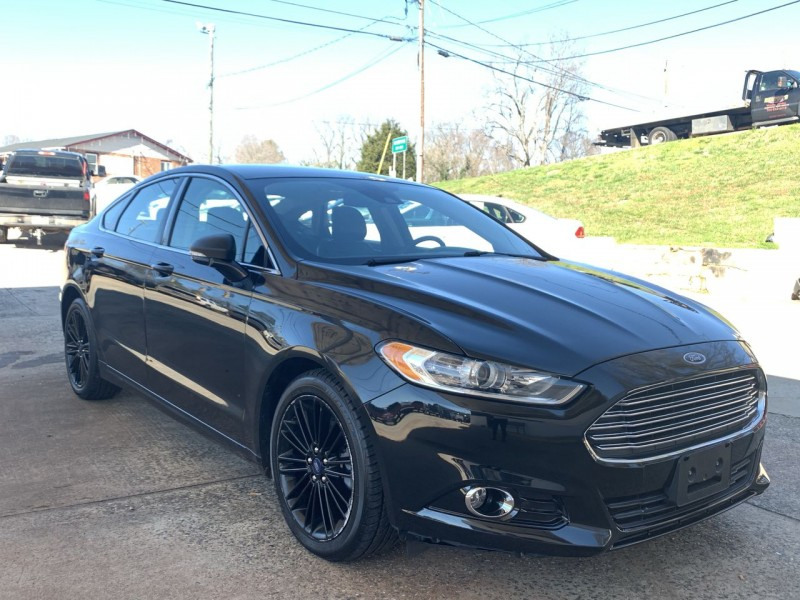 Ford Fusion 2013 price $10,900