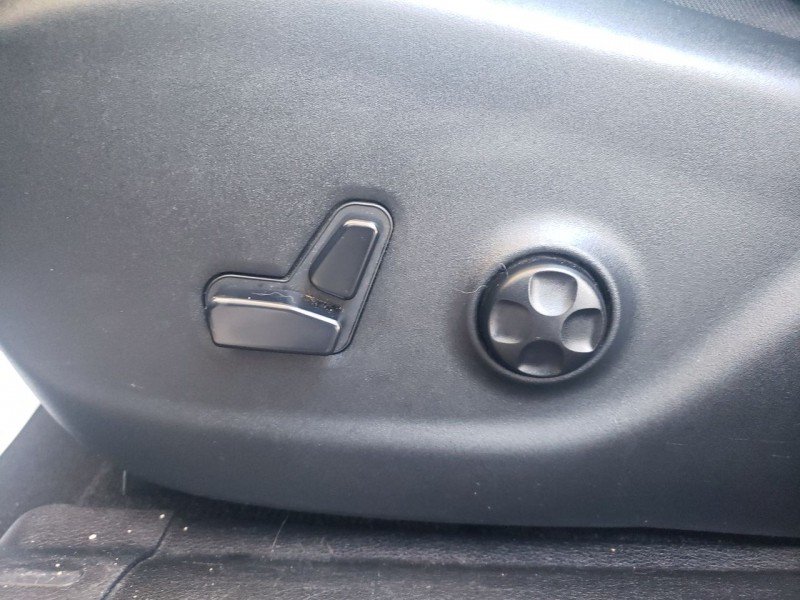 Jeep Cherokee 2014 price $14,800