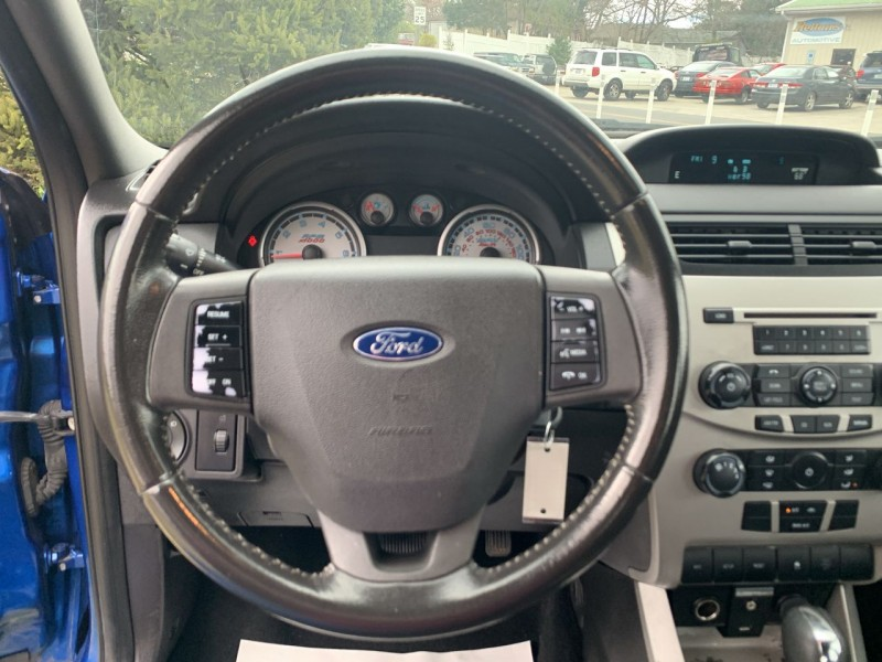 Ford Focus 2011 price $6,900