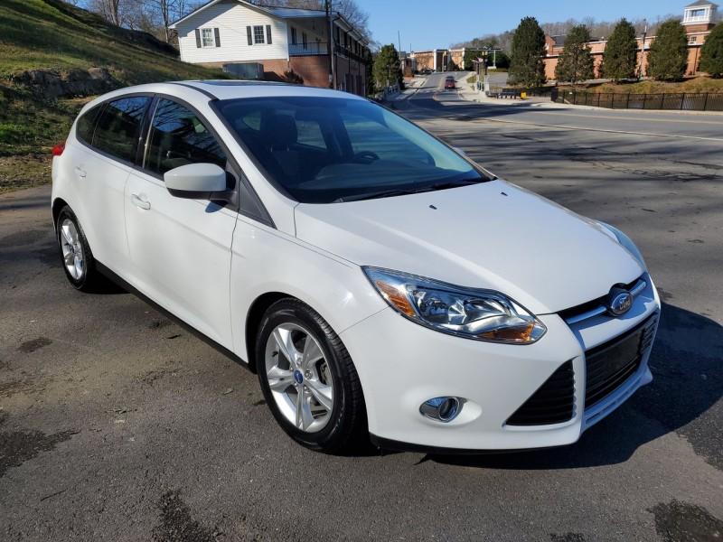 Ford Focus 2012 price $7,900