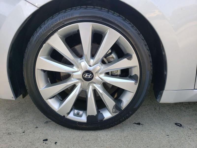 Hyundai Azera 2013 price $9,600