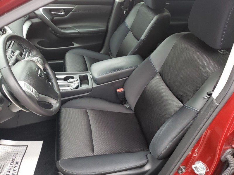 Nissan Altima 2017 price $13,800