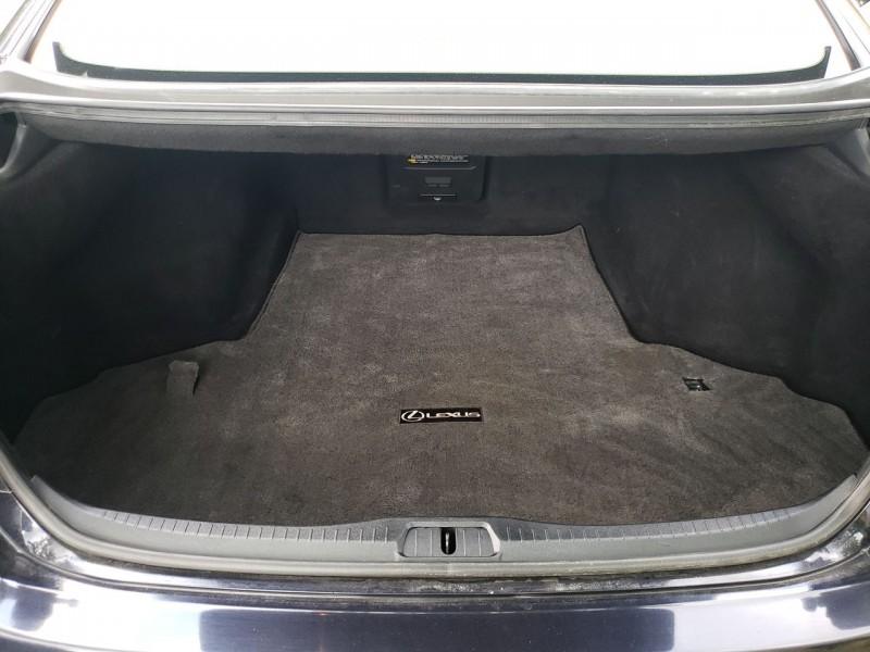 Lexus LS 460 2009 price $13,800