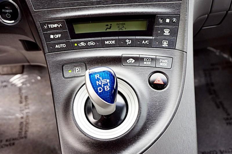 Toyota Prius 2011 price $7,900