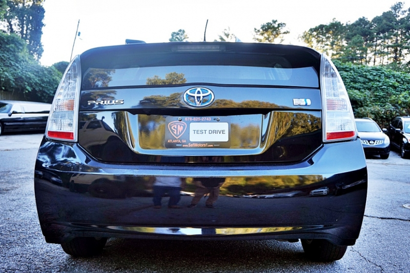 Toyota Prius 2011 price $8,950