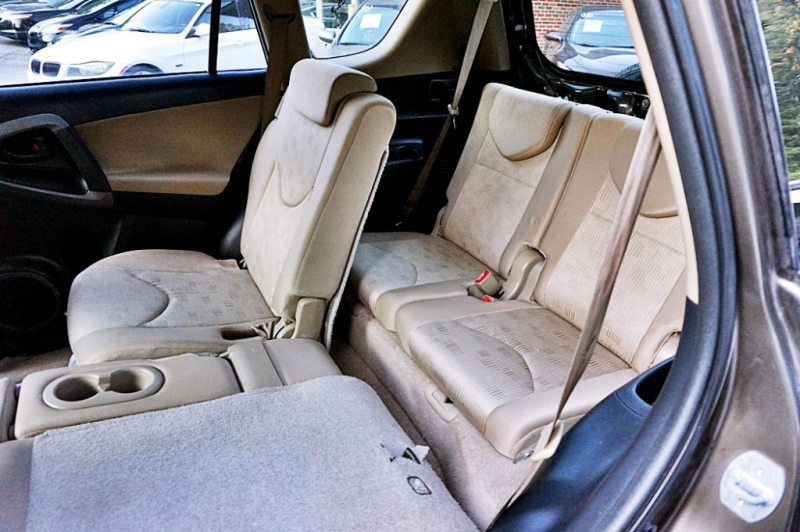 Toyota RAV4 2010 price $8,500
